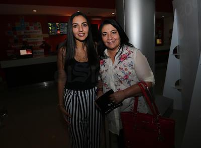 Carmen y Alejandra.