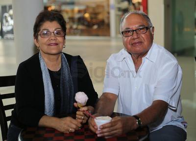Josefina Lechuga y Pedro Luna.