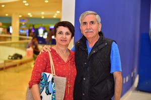 12092018 Erick y Fernanda.