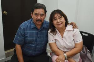 12092018 Ernesto y Rosy.