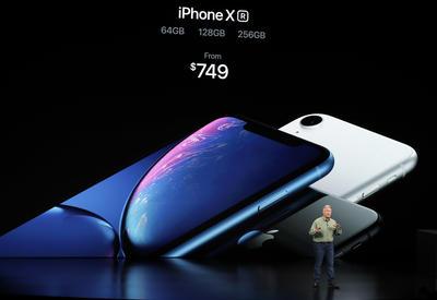Este modelo cuenta con un LCD display, por primera vez sin bordes, el LCD más avanzado que se ha utilizado en un smartphone. Por si fuera poco, tiene Liquid Retina.