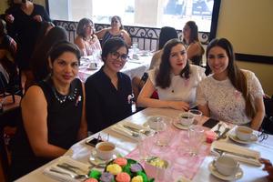 13092018 EN BABY SHOWER.  Adriana, Ruth, Michelle y Karla.