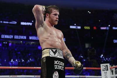 'Canelo' Álvarez derrota en 12 rounds a GGG