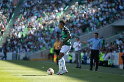 Preciado apareció en el once titular por primera vez en el torneo.
