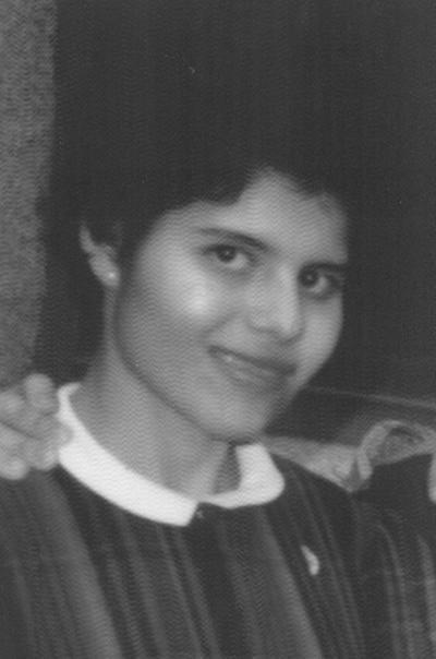 16092018 Patricia Amparo Reyes Casas en 1974.
