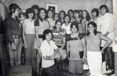 16092018 Irma Burciaga Flores, hoy de Torres, en la despedida de soltera organizada por sus compañeras de la Compañía Operadora de Teatros en 1973.