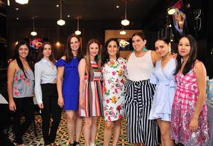 16092018 BABY SHOWER.  Alejandra Maldonado de Lara con algunas de sus amigas en su fiesta de canastilla.