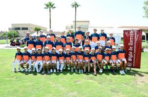 16092018 LA FOTO DEL RECUERDO.  Participantes de torneo de golf.
