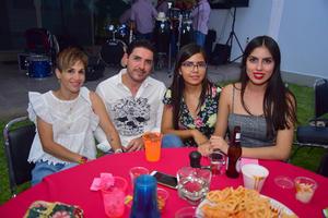 17092018 EN EL CINE.  Edith, Daniel y Fabiola.