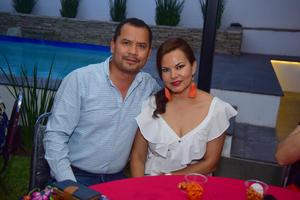 17092018 EN PAREJA.  Gabriel y Marcela.