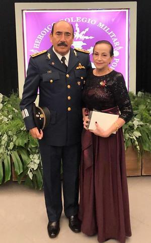 16092018 EN RECIENTE EVENTO.  General de División, Agustín Martínez y Reyna Sáenz.
