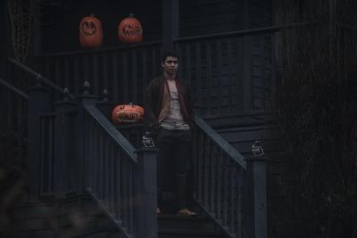 """Chance Perdomo interpretará a """"Ambrose Spellman"""", el primo hechicero de """"Sabrina"""" que viene de Inglaterra, quien es puesto bajo arresto domiciliario por el Comité de Brujas."""