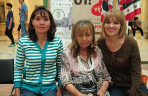 18092018 EN EL MALL.  Sandra Luz, María Elena y Monserrat.