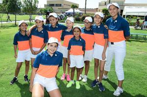 Pequeñas golfistas participantes