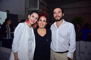 Kassandra, Ivonne y José Luis
