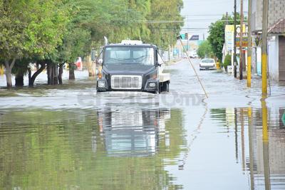 """""""Se esperan nuevamente precipitaciones muy similares a las que se registraron ayer"""", indicó. Refirió que la precipitación que supera los 20 milímetros se considera fuerte, mientras que de 10 a 20 sería moderada y menor de 10 sería ligera."""