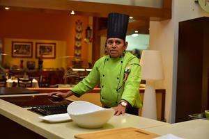 19092018 El chef intercambió algunas tips con las asistentes.