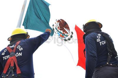 Torreón se sumó al macrosimulacro realizado en distintas partes del país para conmemorar los sismos de 1985 y 2017.