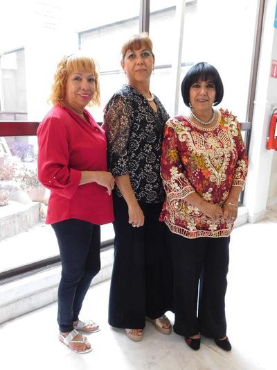 20092018 Mayela Infante, Blanca Domínguez e Irma Esquivel.
