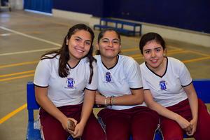 20092018 Diana Laura, Lucero y Ximena.
