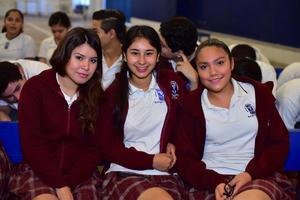 20092018 Adriana, Anel y Jenny.