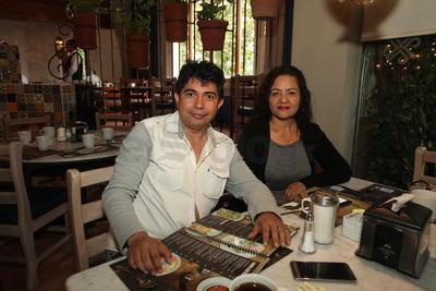 Arturo y Alma.
