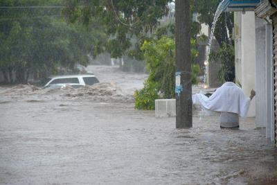 En tanto, personal del Ejército ha aplicado el plan DN-III-E de auxilio a la población en los municipios de Ahome, El Fuerte, Salvador Alvarado, Mocorito y Culiacán.