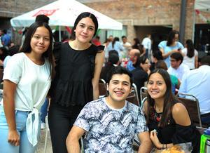 21092018 Fernanda, Ingrid, Polo y Jessica.