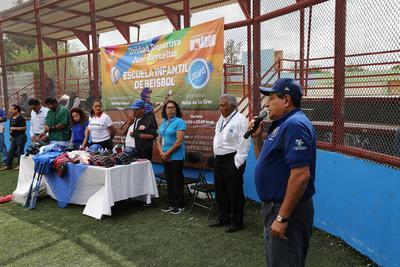 Buenas noticias llegaron para ellos, pues formalmente ya pertenecen a la Escuela Municipal de Beisbol de la Unidad deportiva José Revueltas.