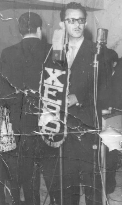 23092018 Locutor Jesús Renteria Reyes en una transmisión que se efectuó en el Casino de La Laguna en 1968.