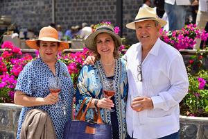 24092018 Laura Berlanga, Martha Aldape de Elizondo y Roberto Abel Elizondo.