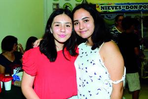22092018 AMIGAS.  Adriana y Paty.