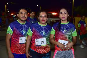 25092018 LISTOS PARA CORRER.  Gustavo, Nancy y Jusseim.