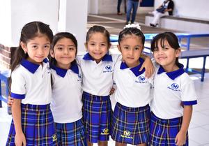 25092018 Camila, Renata, María José, Victoria y Sofía.