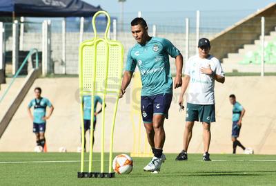 Osvaldo Martínez señaló en entrevista al terminar el entrenamiento que del partido contra Tiburones Rojos no se sintieron contentos con el resultado.