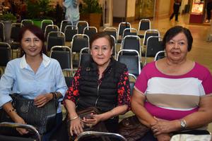 26092018 Olga, Rosalinda y Meche.