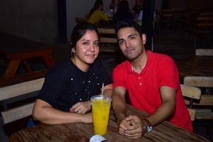 26092018 Yanira y Jorge.