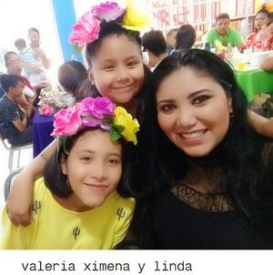 27092018 MUY LINDA.  Ana Victoria.