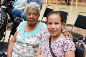 27092018 María de Jesús y Victoria Michelle.
