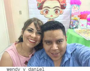 27092018 SELFIE.  Wendy y Daniel.