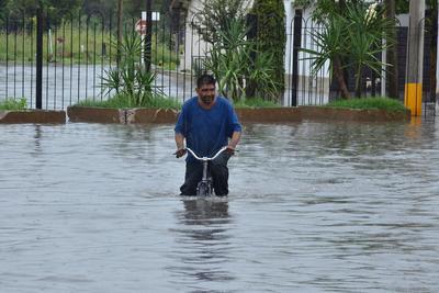 Colonias afectadas por la contingencia de hace un par de semanas en Torreón, vuelven a presentar afectaciones por la acumulación de agua, como Provitec y Residencial del Norte.