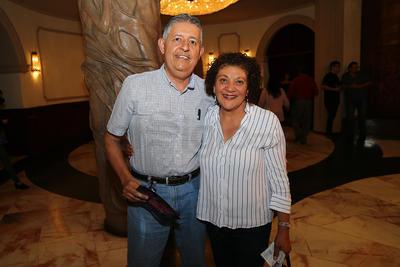 Francisco González  y Carmen Alba.