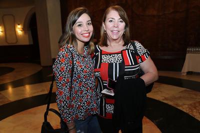 Norma López y Norma Coronel.