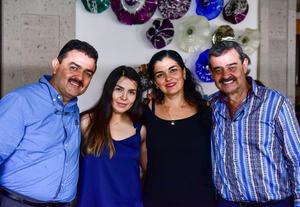 29092018 PRESENTES EN FESTEJO.  Sergio, Gema, Odet y Jorge.