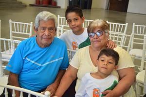 29092018 Juan Guillermo, Diego, María Luisa y Guillermo Alejandro.