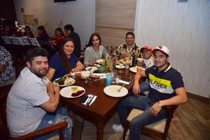 30092018 Familia Martínez y Arias.