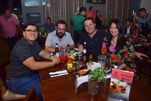 30092018 Eduardo, Arturo, Julio y Estefany.