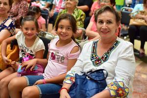 30092018 Tina, Daniela y Fernanda.