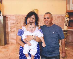 30092018 RECIENTE EVENTO.  José Delgado, Carmen Rodríguez y el niño Emmanuel Delgado Flores.