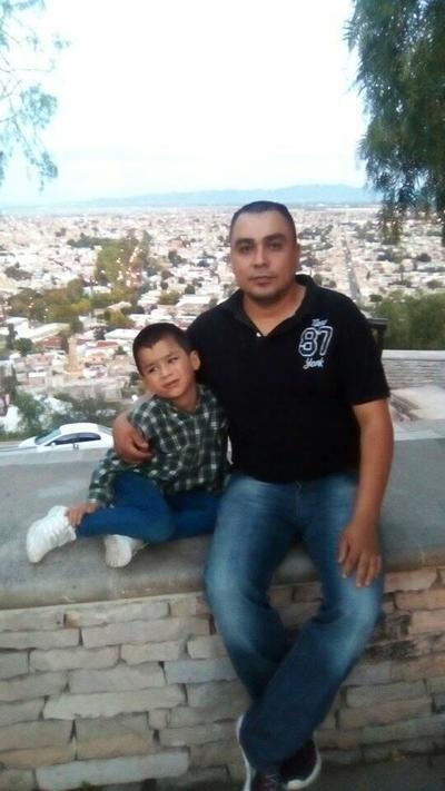 25102018 Francisco con su hijo, Paquito.